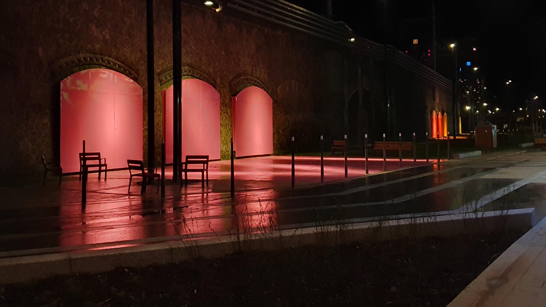 Paris, jardin Cesaria Evora de nuit